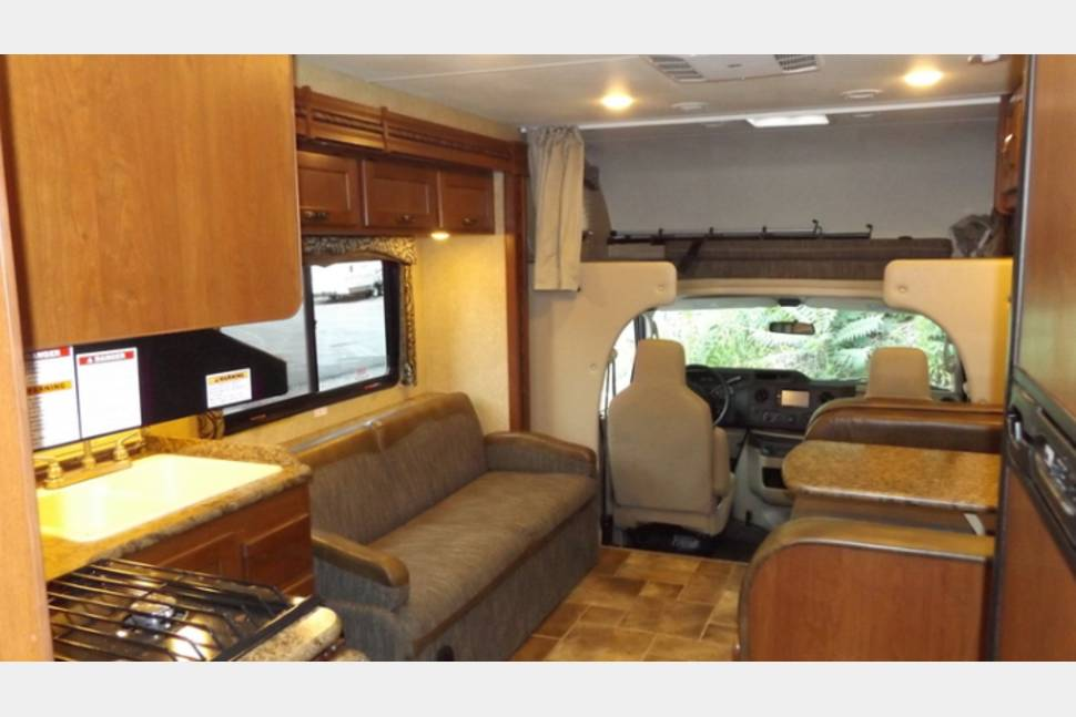 2017 Thor Four Winds - Family Sized Four Winds-BUNKS!