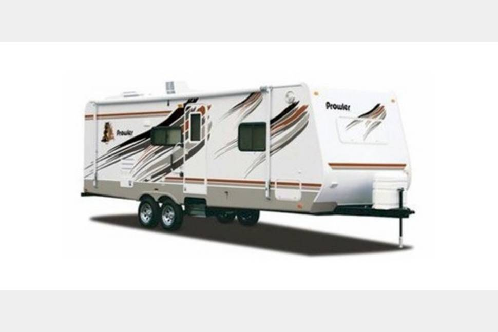 1999 Fleetwood Prowler - My RV is Perfect for Your Next Getaway!