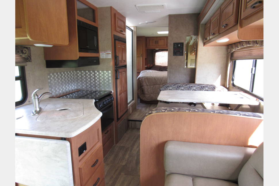 2016 FOREST RIVER SUNSEEKER - SUNSEEKER