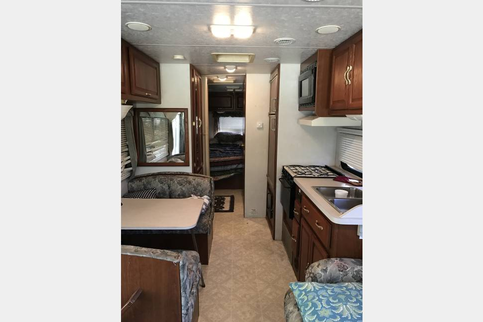 2003 Coachmen Pathfinder - Coachmen Pathfinder