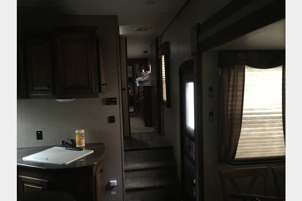 2014 Keystone Sprinter Copper Canyon - Vacation Style Camping Trailer