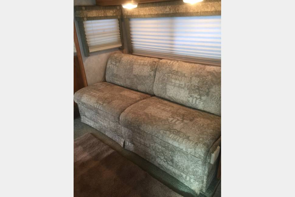 2004 Winnebago Minnie 29B - 2004 Winnebago Minnie 29B