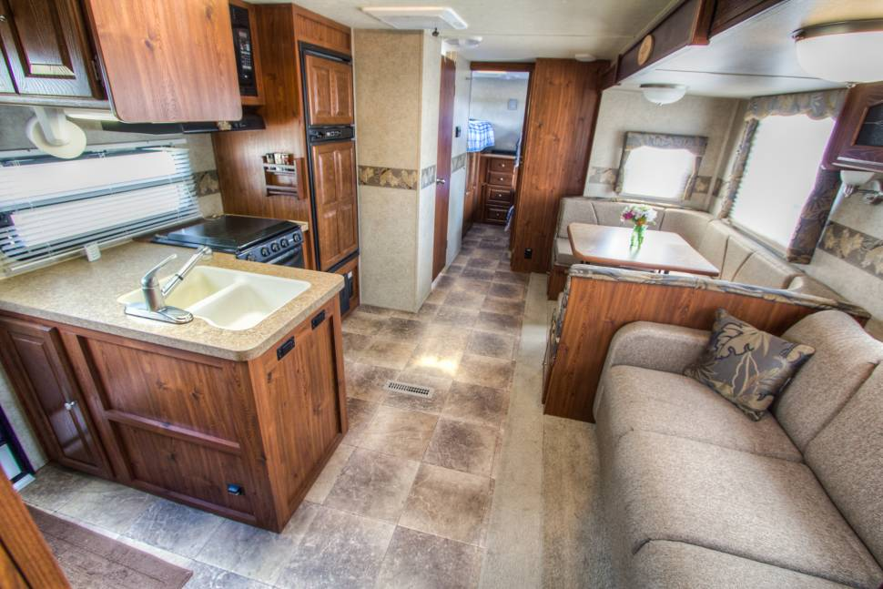 2012 Rockwood - !!!Adventure + relaxation guaranteed in fully stocked Rockwood Signature Ultra Lite!!! {Delivery/Set Up Available!}