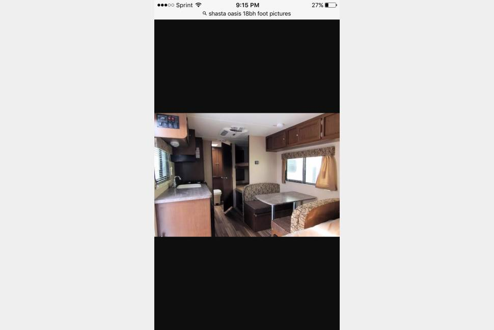 2016 Shasta Oasis - The Mini Travel Camper equipped with everything you need!