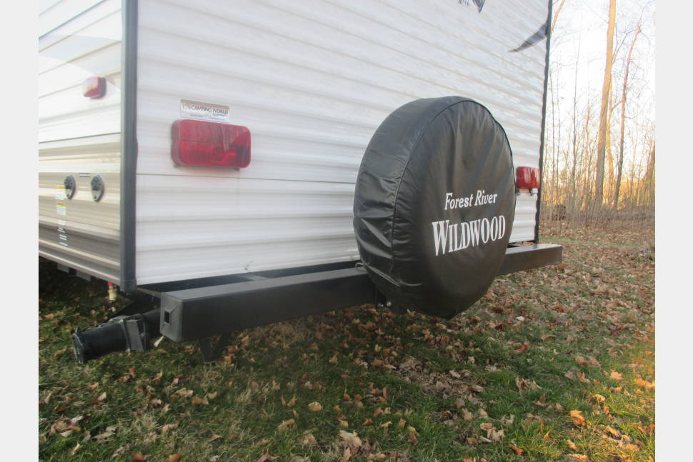 2017 Wildwood 261BHXL - Family Size On A Budget