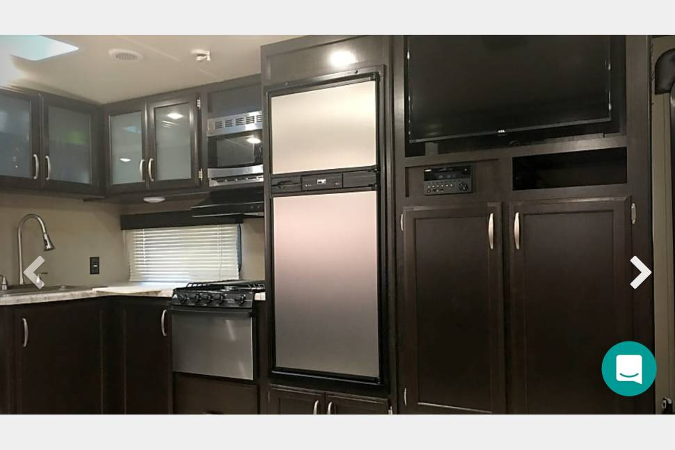 2016 Grand Design Imagine BH 2800 - Family home away from home