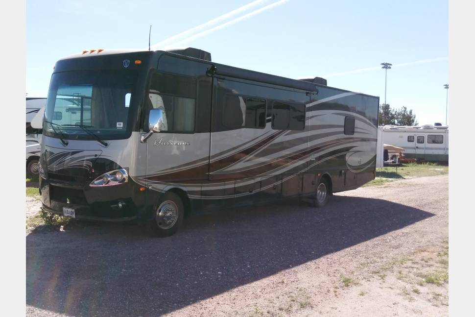 2014 Thor Motor Coach Hurricane - Thor the Ultimate Road Warrior