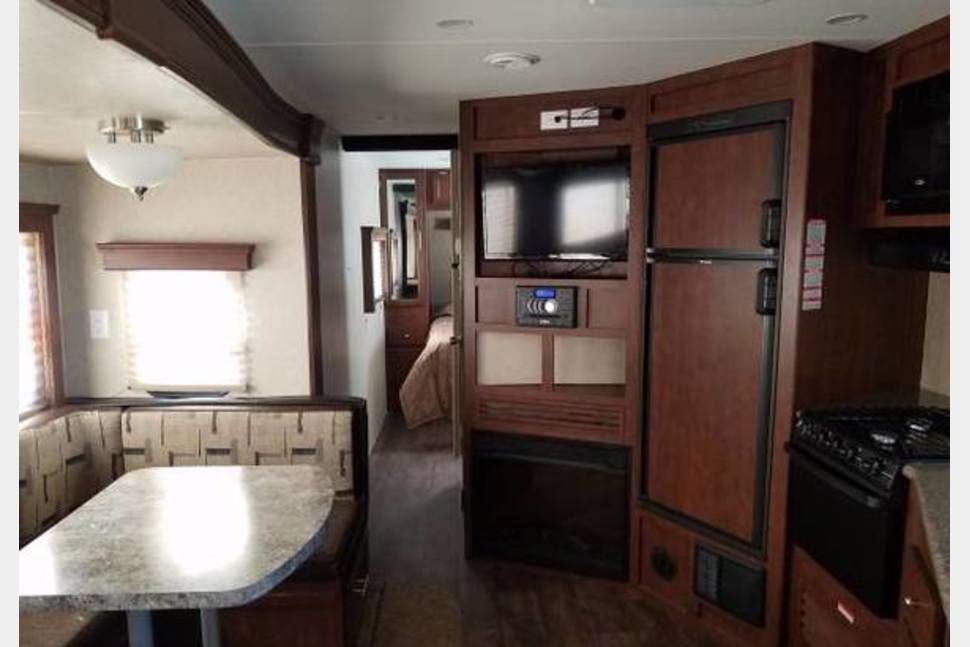 2016 Milan Eclispe - 5 Star Camping enjoy the great outdoors in comfort You Will Fall In Love With This Trailer