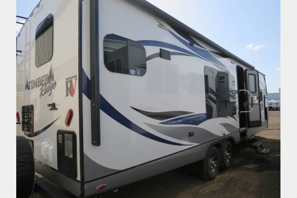 2016 Timber Ridge Delivered To You! See Specials Below: - Timber Ridge Travel Trailer: For delivery and Pick-Up only