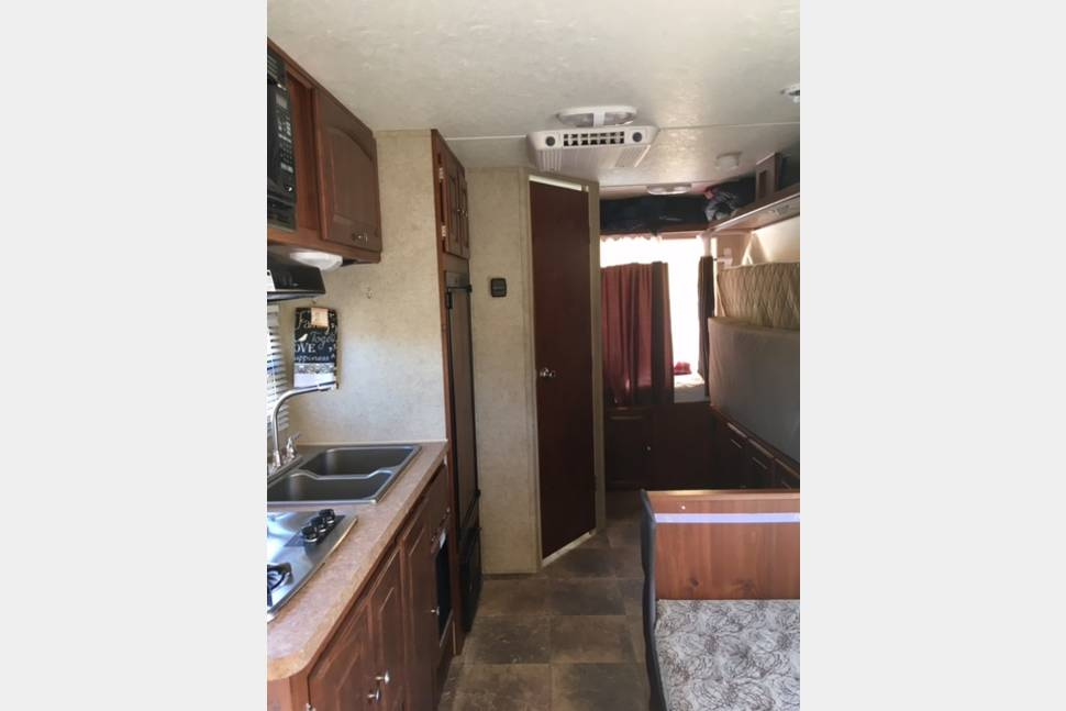 2013 Rockwood Roo 183 - Family Travel Trailer