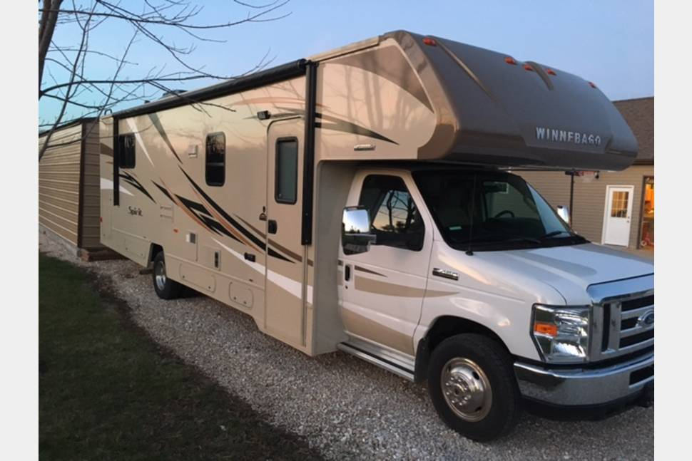 2016 Itaska Spirit 31K - Family Fun at Affordable Prices. Cheaper than the Dealers!!