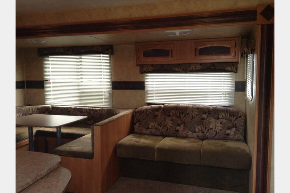 2010 Keystone Hideout - Experience a great getaway in Our Keystone Hideout!