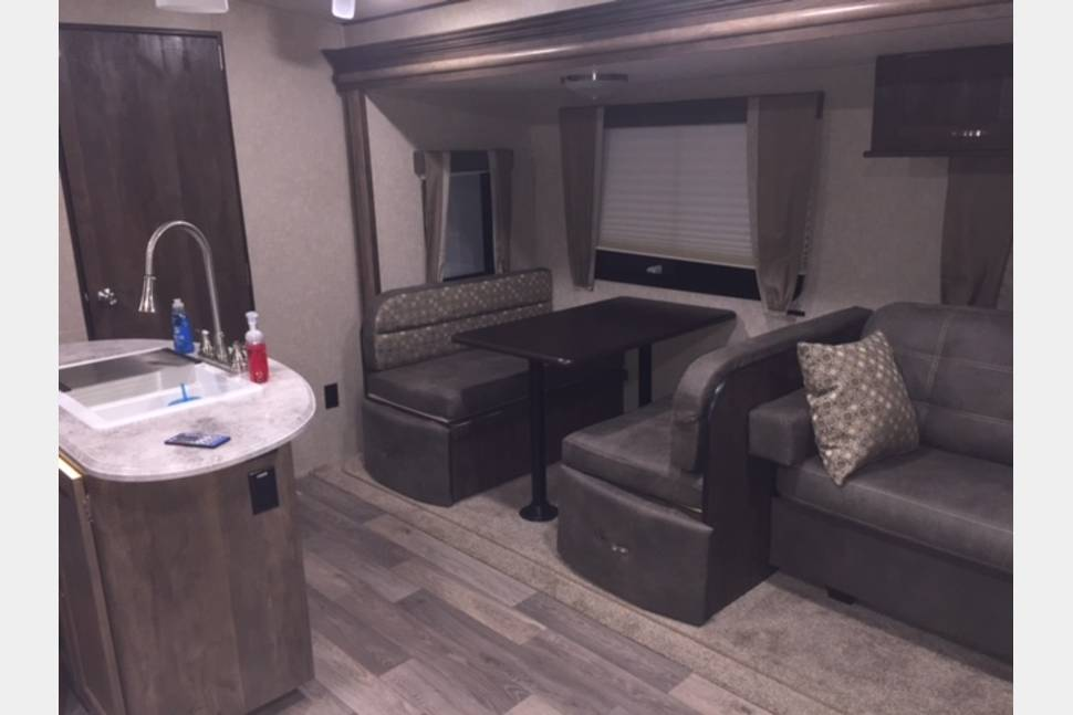 2017 Vibe By Forest River 313BHS - Half ton towable bunkhouse travel trailer with outdoor entertainment