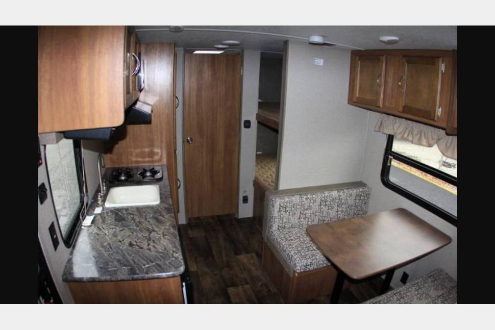 2014 Salem Cruise Lite - Camp in Comfort