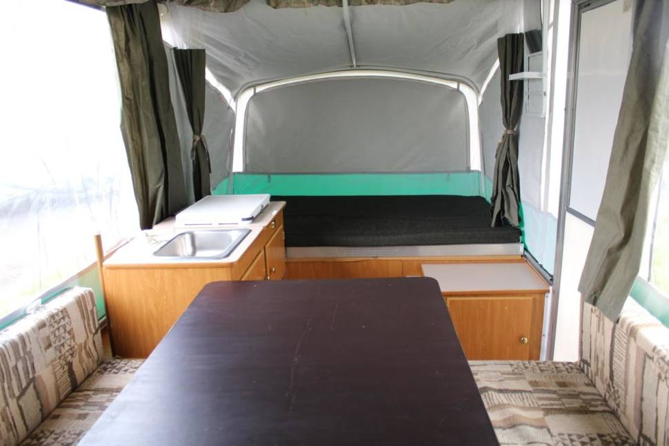 2005 Fleetwood Taos Pop-up - Take your tent camping to the next level of comfort -2005 Fleetwood Taos PopUp Camper w/ lots of extras!