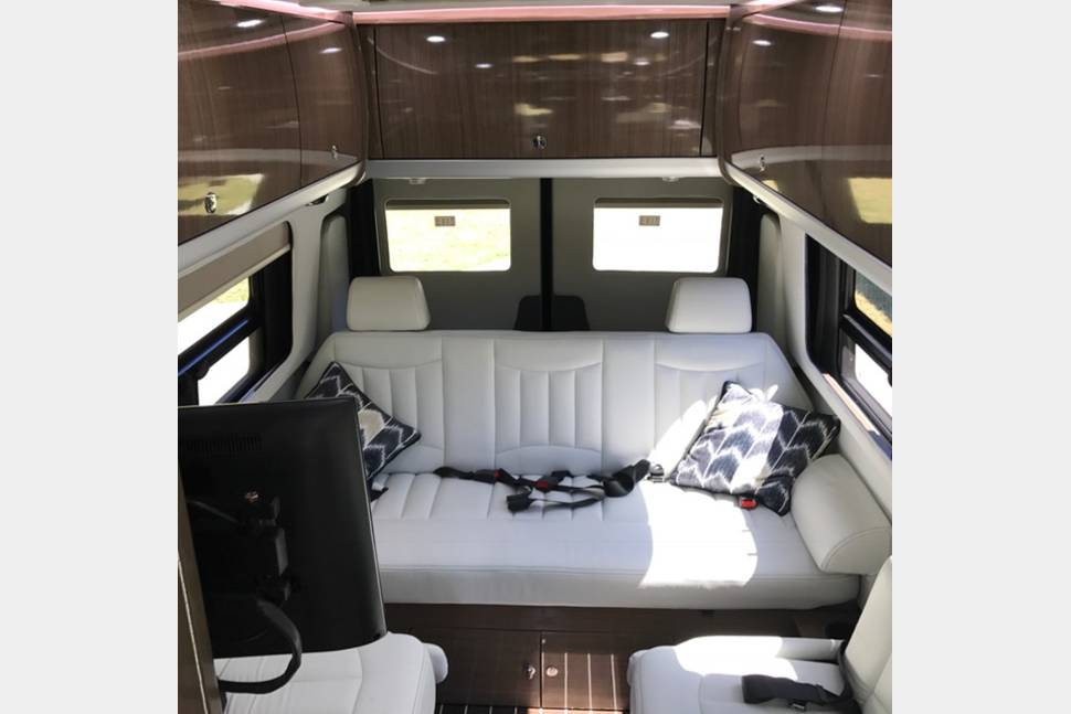 2017 Airstream Interstate Lounge EXT - Airstream Mercedes Interstate Lounge EXT