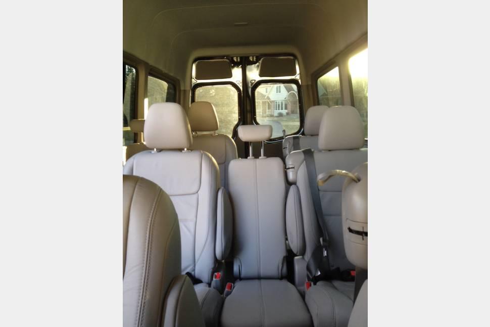 2013 Mercedes Sprinter Travel Van Mirror Listing - 2013 Mercedes Sprinter van 12 seats