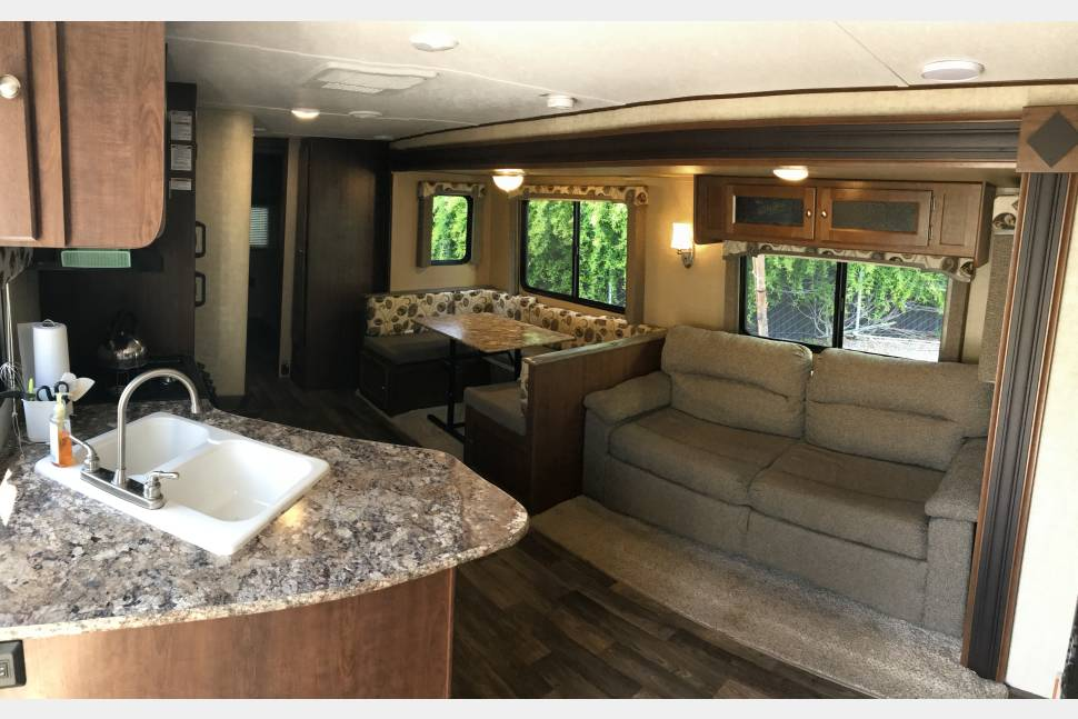 2016 NEW Keystone Hideout 31' Bunkhouse 2 Slides With Outdoor Kitchen + Fireplace - Home Away From Home - 2 Kitchens + Fireplace