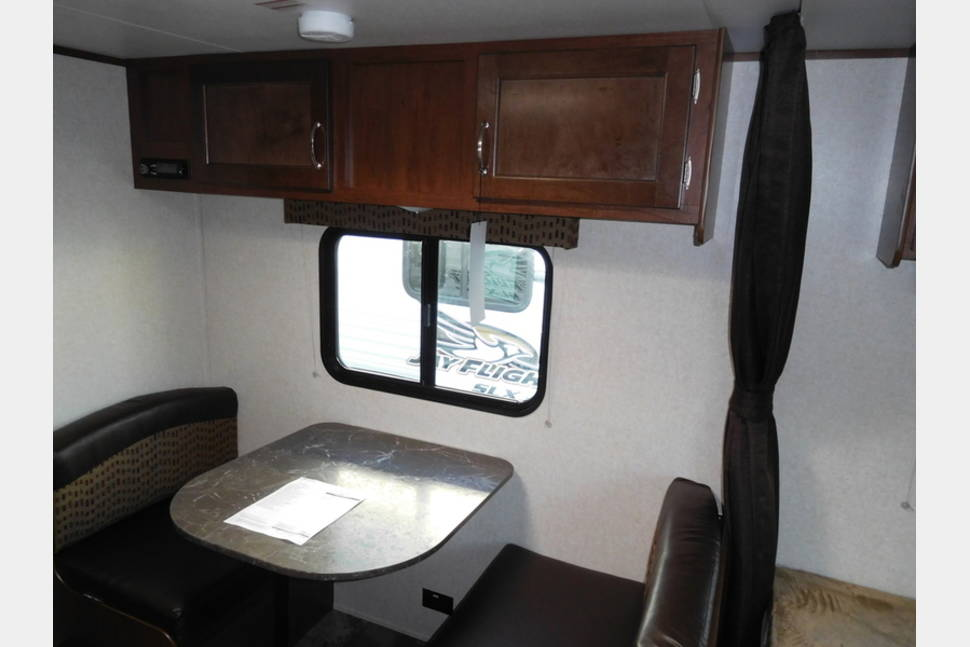 2017 Jay Flight Slx 174bh - Your Perfect Getaway is Waiting for You!