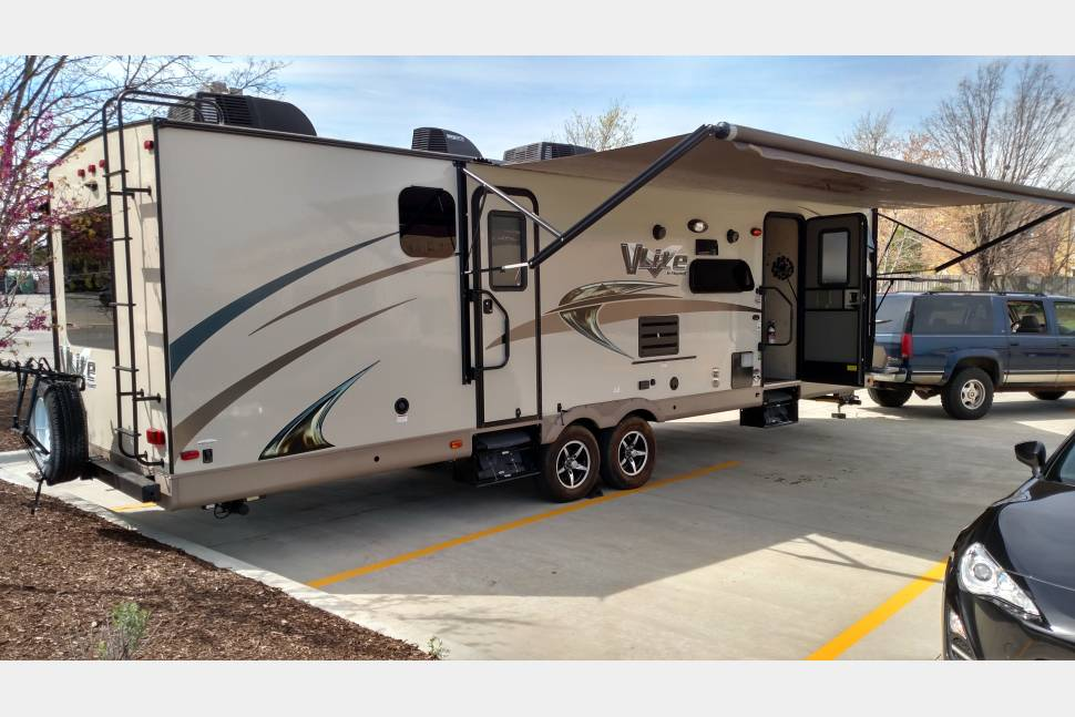 2016 Flagstaff V Lite - The Gravy Train vacation home!