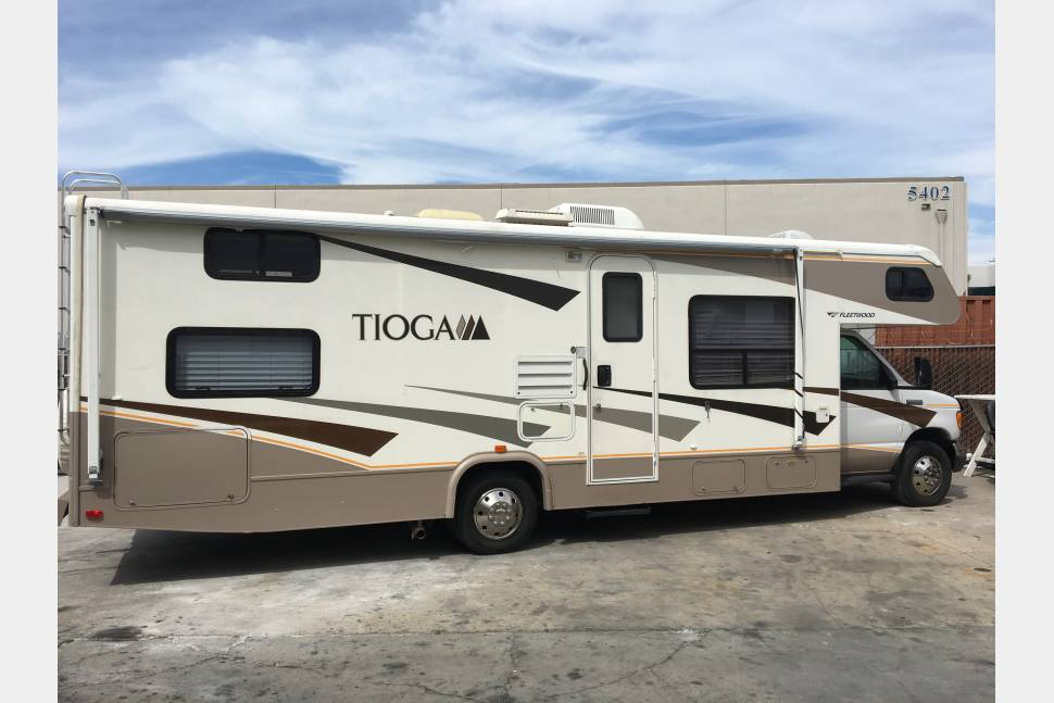 2007 Tioga Fleetwood - The Traveling Machine....Super Low Miles