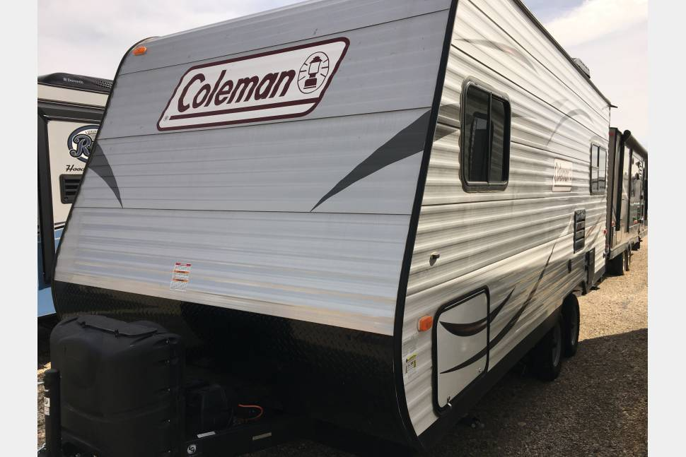 2017 Coleman Lantern 192RD - The Lane's Hotel