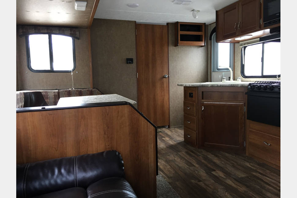 2017 Prime Time Avenger 27DBS - Camp in style with our 2017 bunkhouse!
