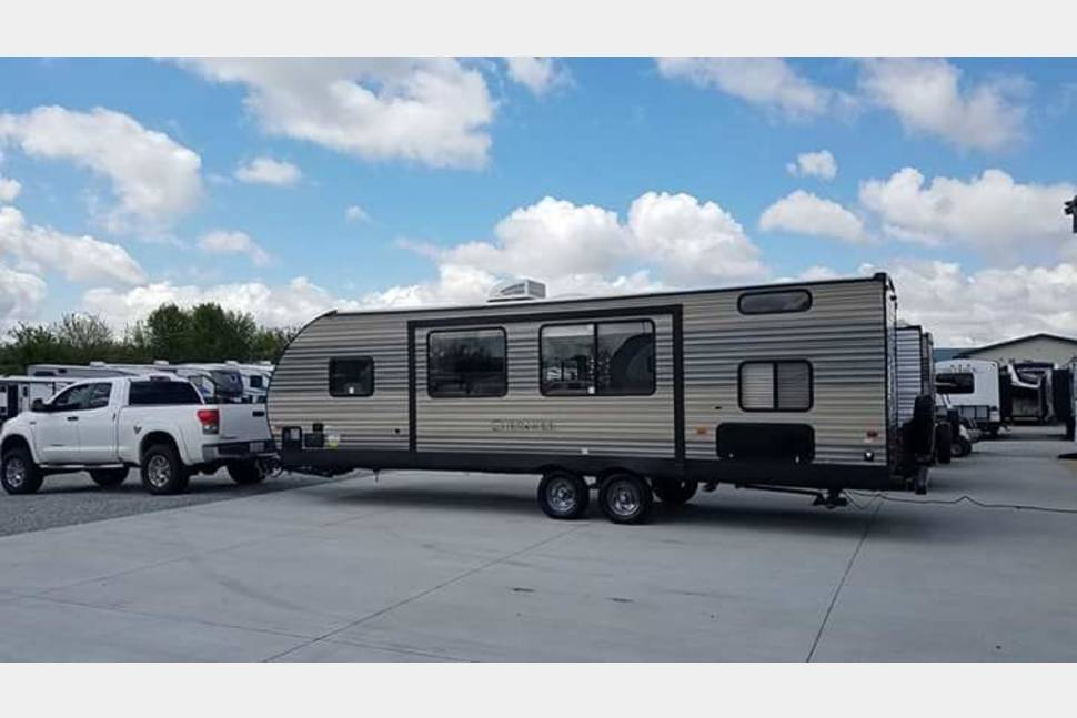 2017 Forest River Cherokee - Sweet Retreat
