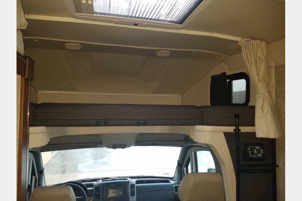 2016 Mercedes Benz Winnebago View - The View