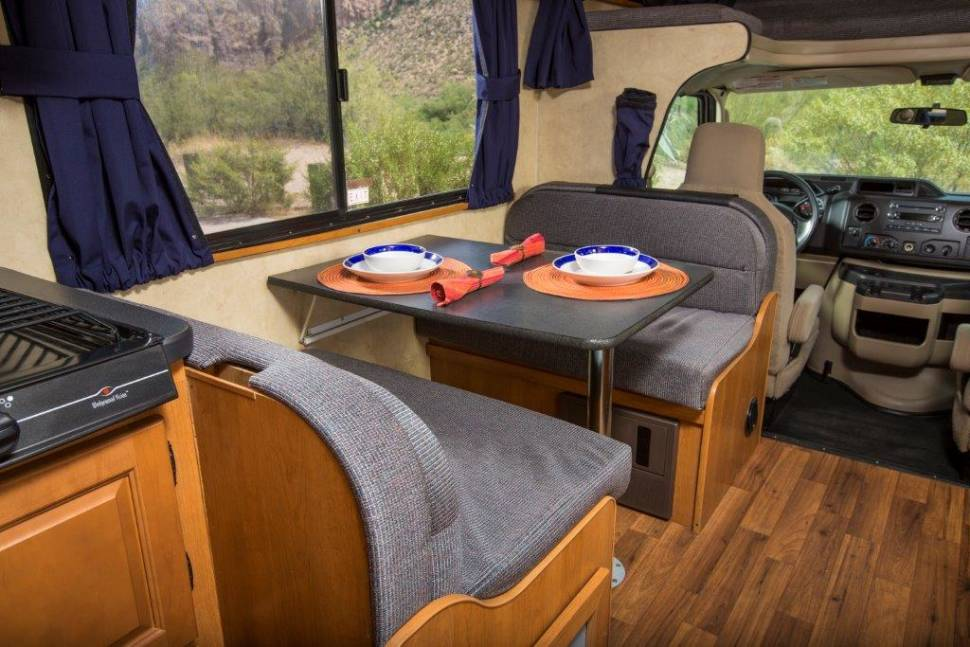 2012 Majestic 28A Grizzly 2 - The Ultimate family RV Big and strong road Grizzly 2