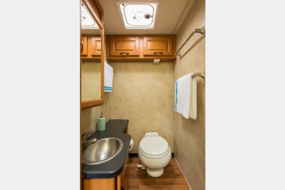 2012 Mejestic 23A - The Ultimate family RV Road Grizzly 3