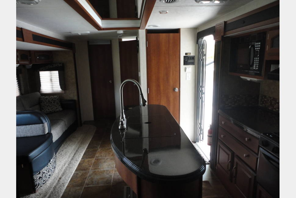 2013 Coachman Freedom Express  Liberty Edition 320BHDS - No Title