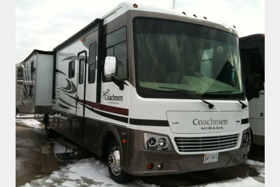 2011 Bunkhouse~$186/night For Mil/LE/Fire Weekly Rental ** Coachmen Mirada 34bh - ** Special Military/LE/Firefighter Rates ** Class A 35' Dual Slide Out Bunkhouse Sleeps 7  ** Repeat Rentals are 10% off!!