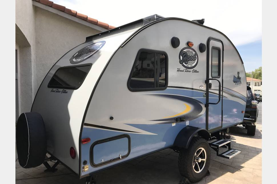 2017 Forest River R Pod 172 - 2017 R Pod 172 Hood River (2147 lb dry weight)