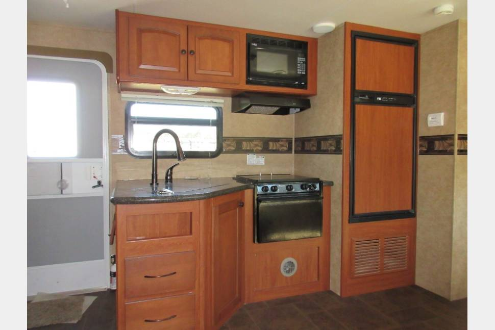 2012 Heartland North Trail 29BUDS - Roomy Bunkhouse with full outdoor kitchen