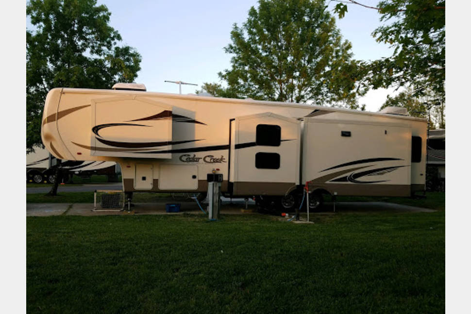2016 Cedar Creek Silverback 37MBH - Sit back, relax, enjoy the outdoors, and welcome to our little peice of adventure!