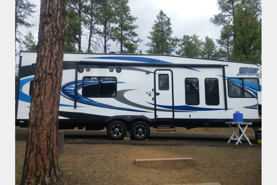 2016 Pacific Coachworks Sand Sport - Stocked Toyhauler with Slide-out