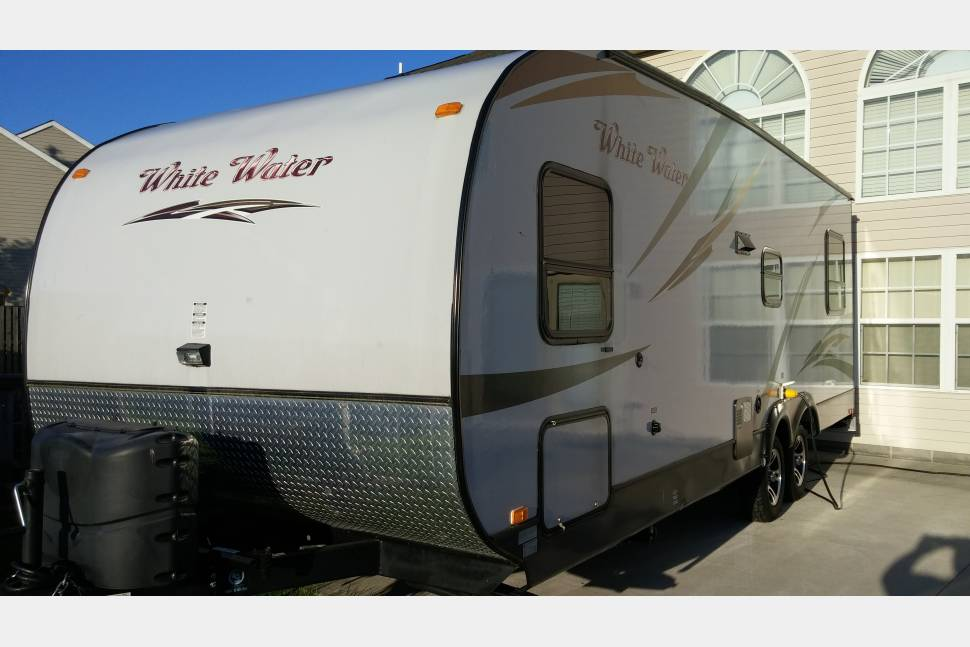 2015 Riverside Whitewater 827 Toy Hauler - Great Times Ahead!