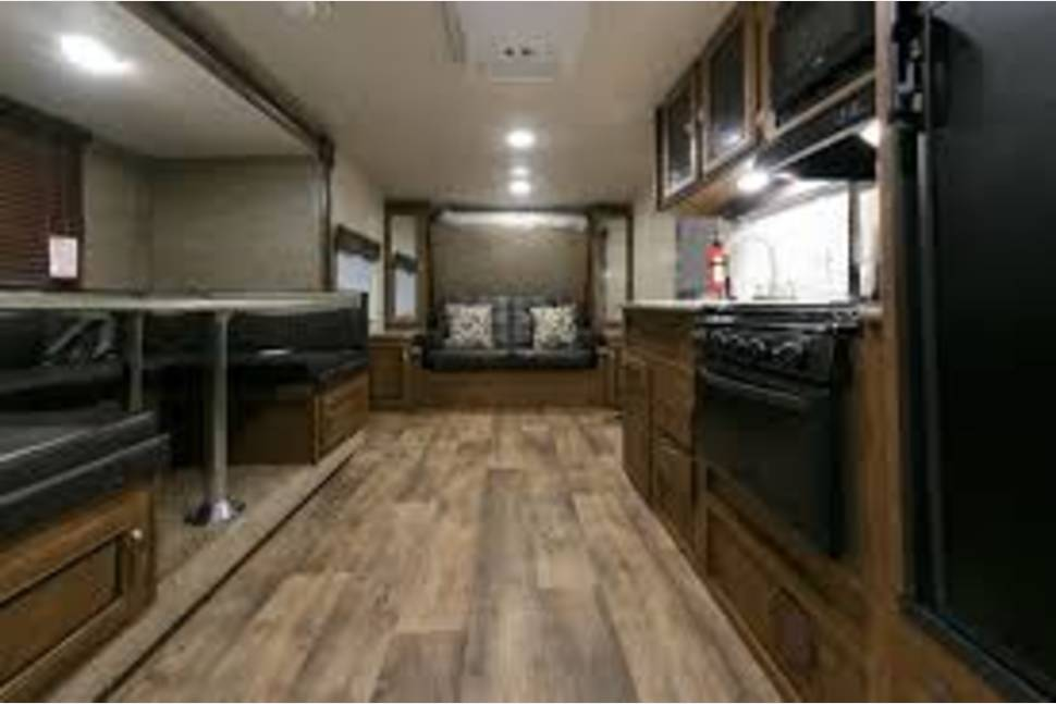 2017 Forest River Wildwood X-Lite 230BHXL (Ron's) - 2017 26' FOREST RIVER WILWOOD XLITE 230BHXL S'MORE FAMILY FUN RV#2