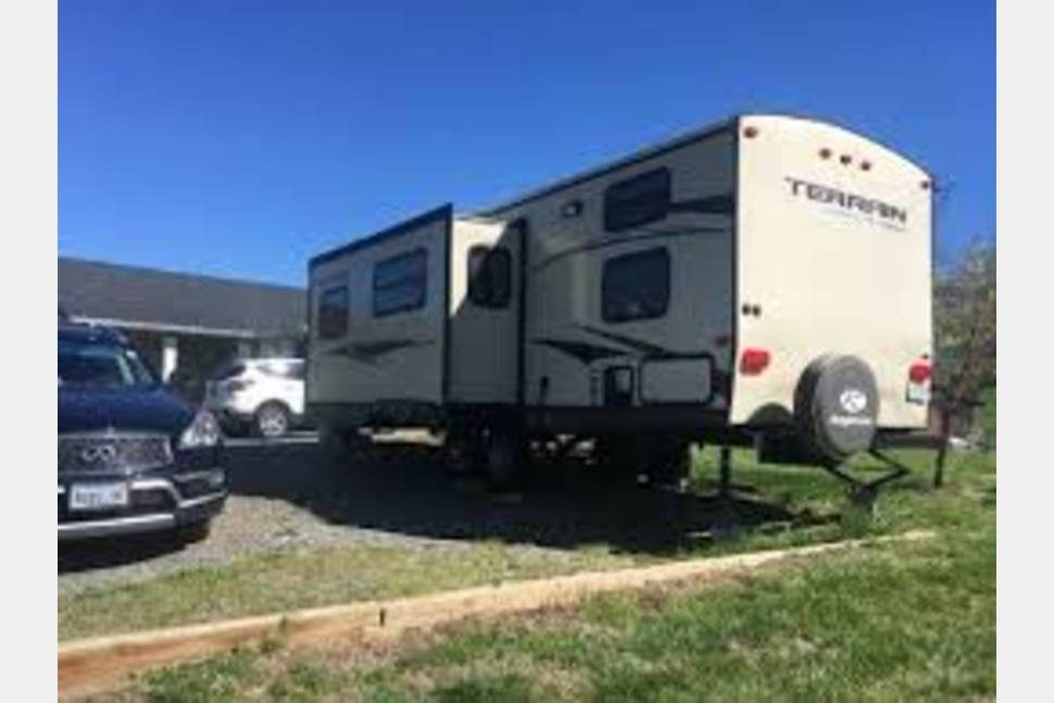 2014 Keystone Outback - Camping in Comfort!