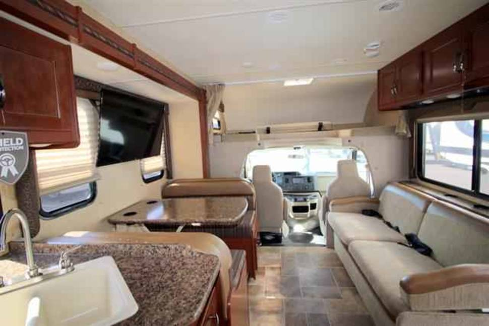 2016 Thore Freedom Elite - Enjoy your vacation in a Newer 2016 Class C 30 Foot. Like new condition!