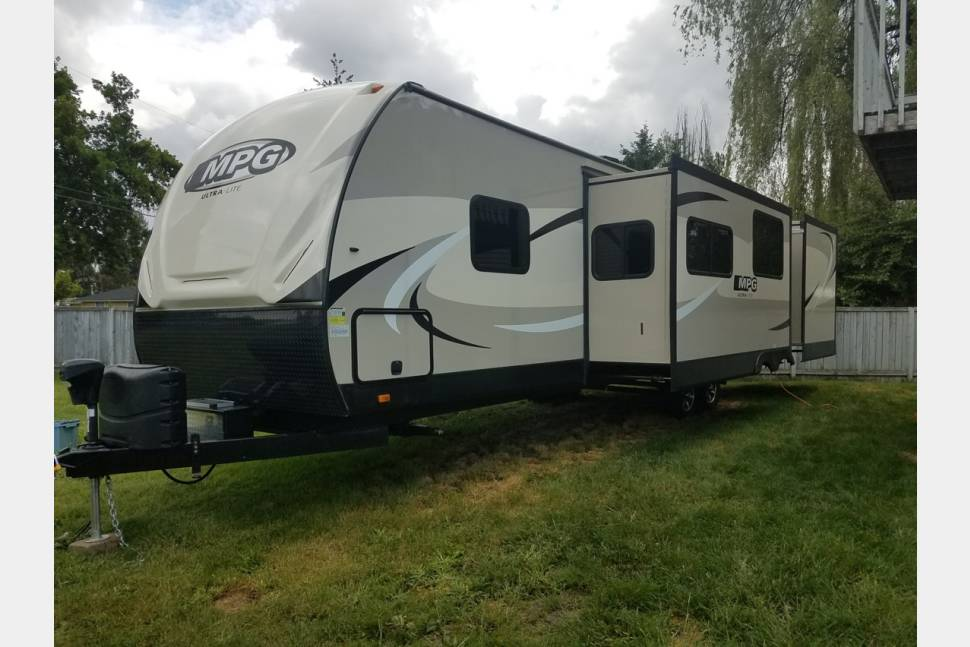 2016 MPG Cruiser RV - My travel trailer is your best choice for your next trip !