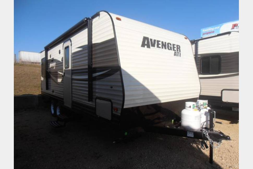 2017 Avenger ATI By Prime Time - Home away from home!