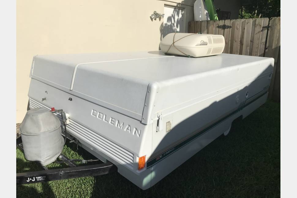 1993 Coleman Fleetwood Pioneer Pop Up Camper - Oasis