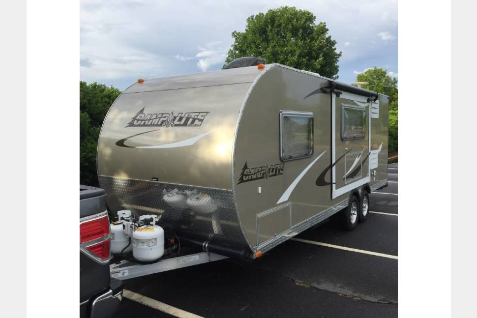 2014 LivinLite/ Camplite 21BHS - New Rates,  Message me with trip details for best deals!  Easy Tow,  3350 LBS and Double Axle.  All Aluminum, clean Bunk House.