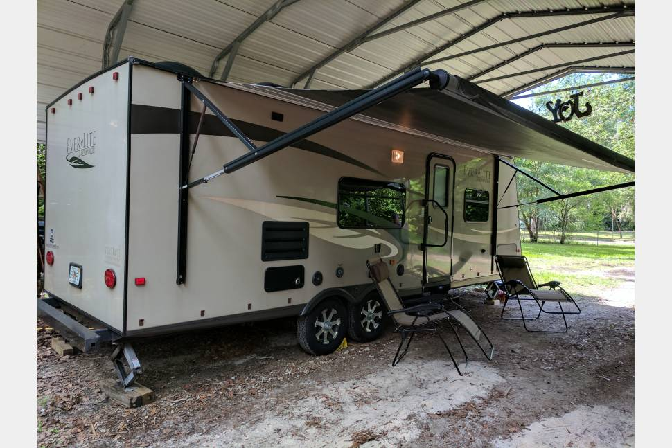 2011 Evergreen Everlite - Rusty is ready for the road!