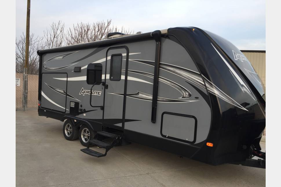 2015 Dutchman Aerolite 213RBSL - 2015 Dutchman Aerolite 213RBSL (The Beach Cruiser)