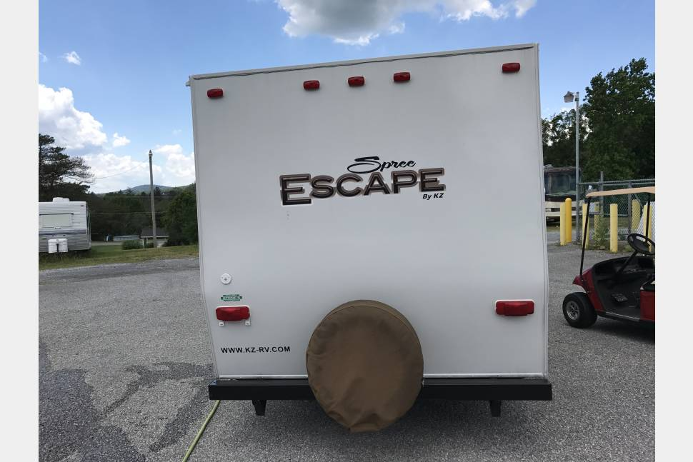 2012 Spree Escape 16BH - Small Lightweight Bunkhouse KZ Escape Pet Friendly