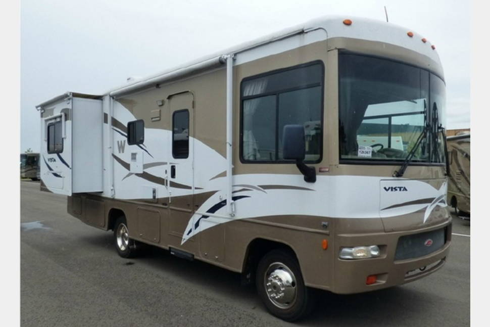 2009 Winnebago Vista - Bugsy - Sometimes you're the windshield, sometimes you're the bug!