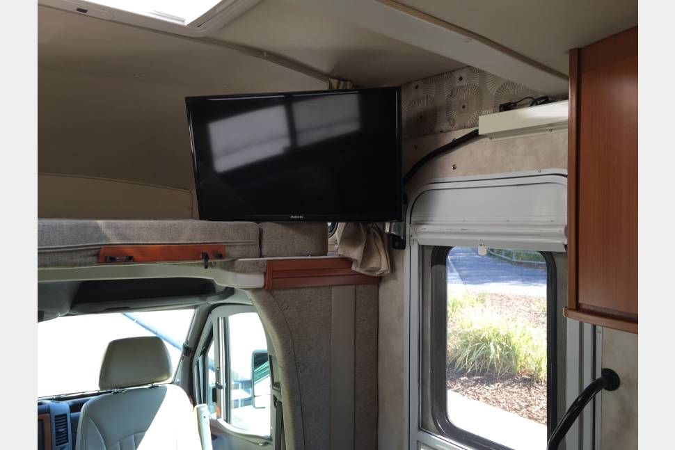 2013 Winnebago View 24J - Luxurious Winnebago in the Heart of National Parks Country